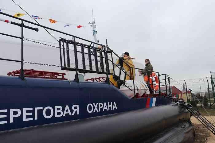 Сторожевой катер усилил охрану границы Крыма с Украиной